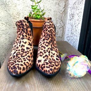COPY - Bella Vita Animal Prints Ankle boots Women…